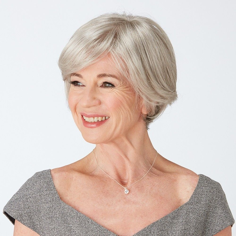 Delight Petite wig Natural Image in Sugared Silver